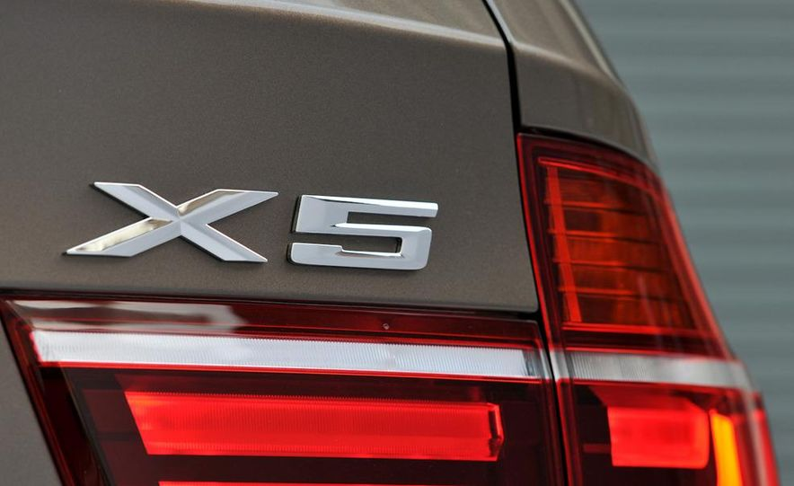 2011 BMW X5 xDrive35i (European spec) - Slide 19