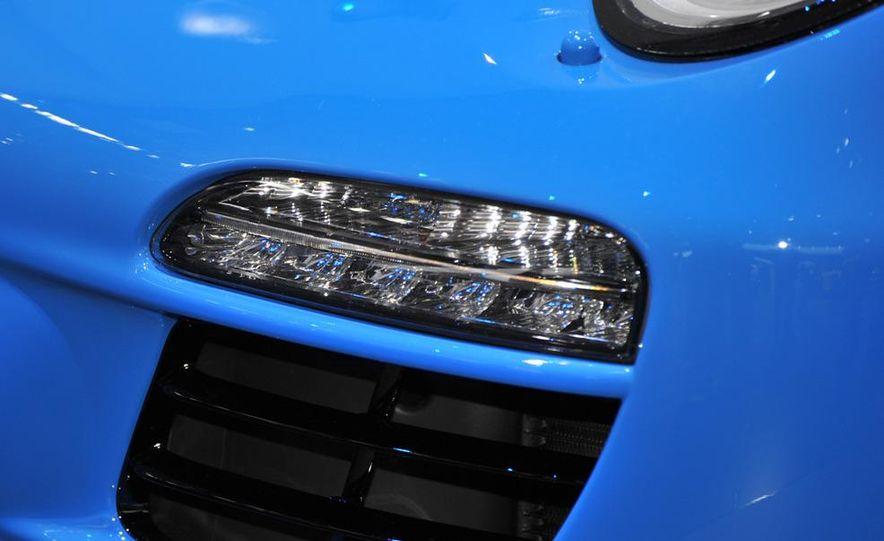 2011 Porsche 911 Speedster - Slide 10