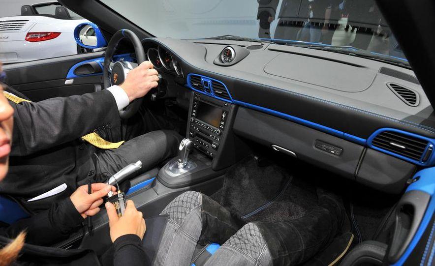 2011 Porsche 911 Speedster - Slide 20