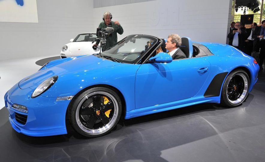 2011 Porsche 911 Speedster - Slide 3