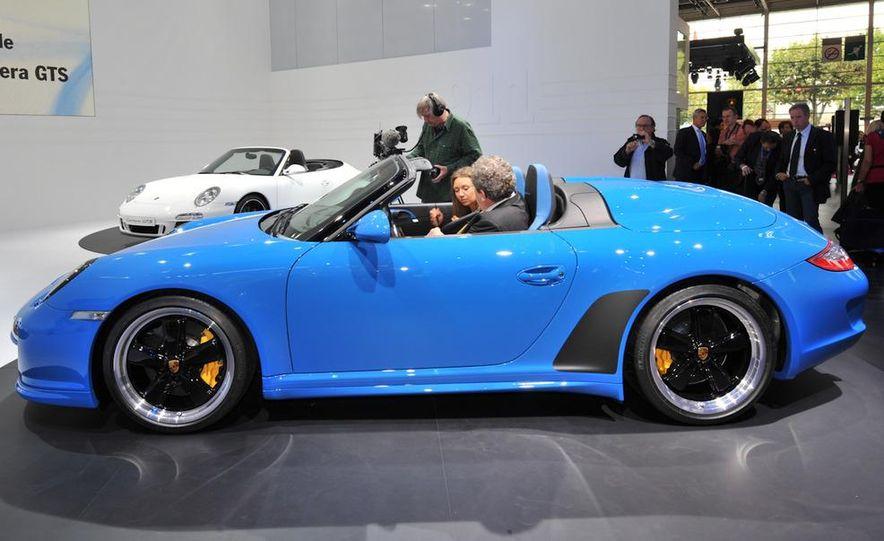 2011 Porsche 911 Speedster - Slide 4