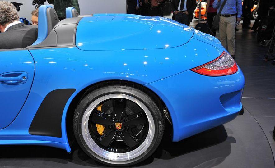 2011 Porsche 911 Speedster - Slide 5