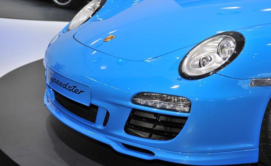 2011 Porsche 911 Speedster - Slide 9