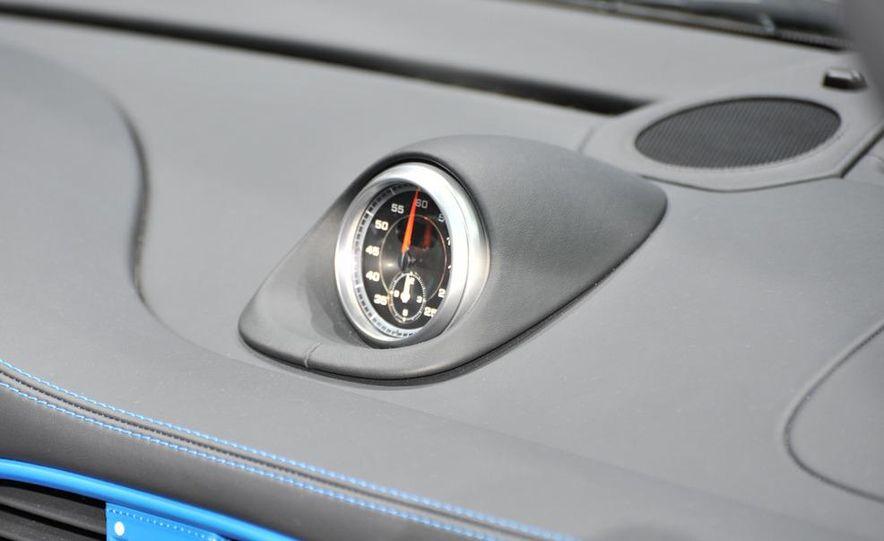 2011 Porsche 911 Speedster - Slide 17