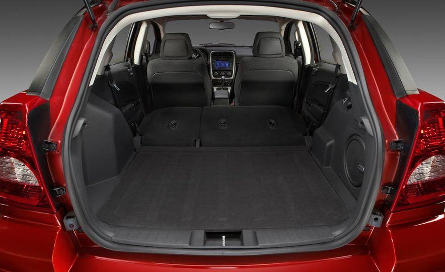 2011 Dodge Caliber - Slide 10