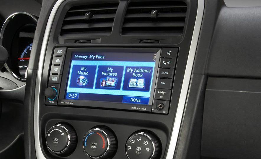 2011 Dodge Caliber - Slide 13