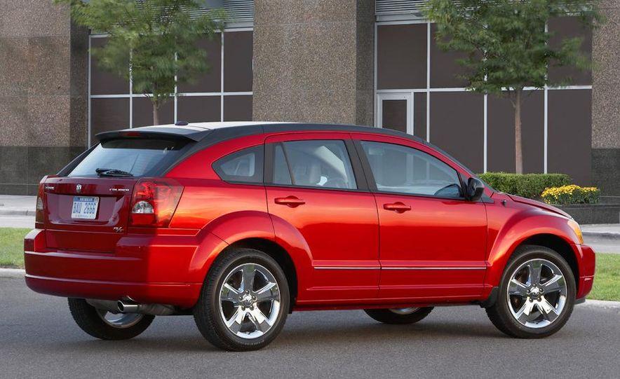 2011 Dodge Caliber - Slide 2