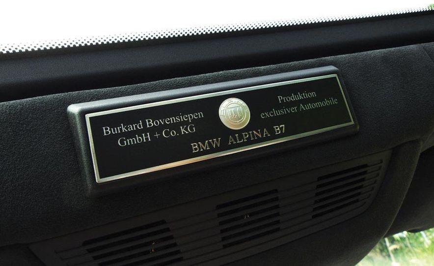 2011 BMW Alpina B7 - Slide 18