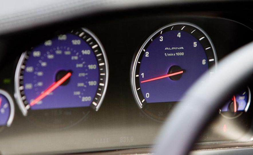 2011 BMW Alpina B7 - Slide 24