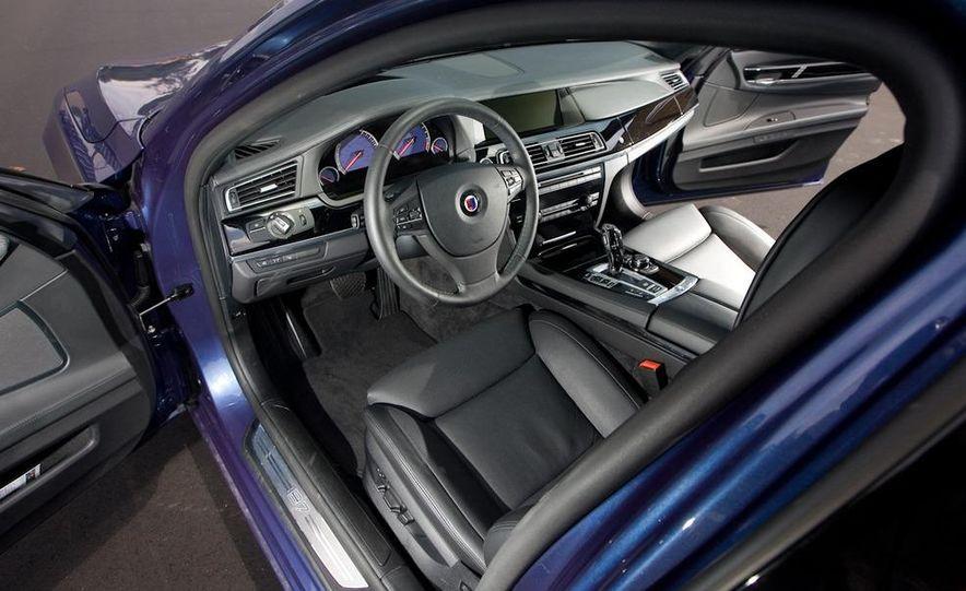 2011 BMW Alpina B7 - Slide 22