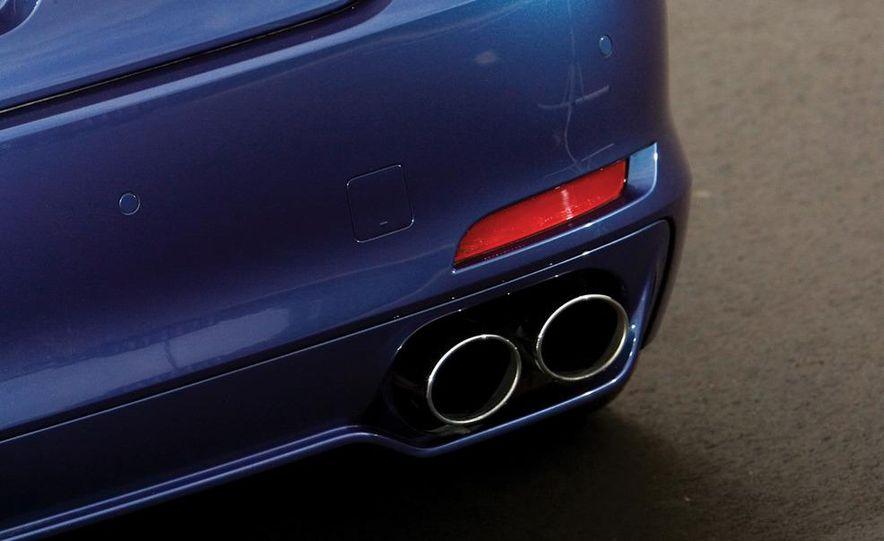 2011 BMW Alpina B7 - Slide 14