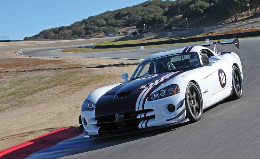 2010 Dodge Viper SRT10 ACR-X - Slide 2