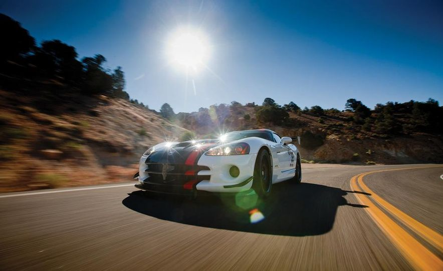 2010 Dodge Viper SRT10 ACR-X - Slide 4
