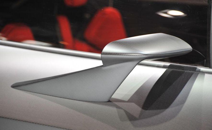 Lamborghini Sesto Elemento concept - Slide 14