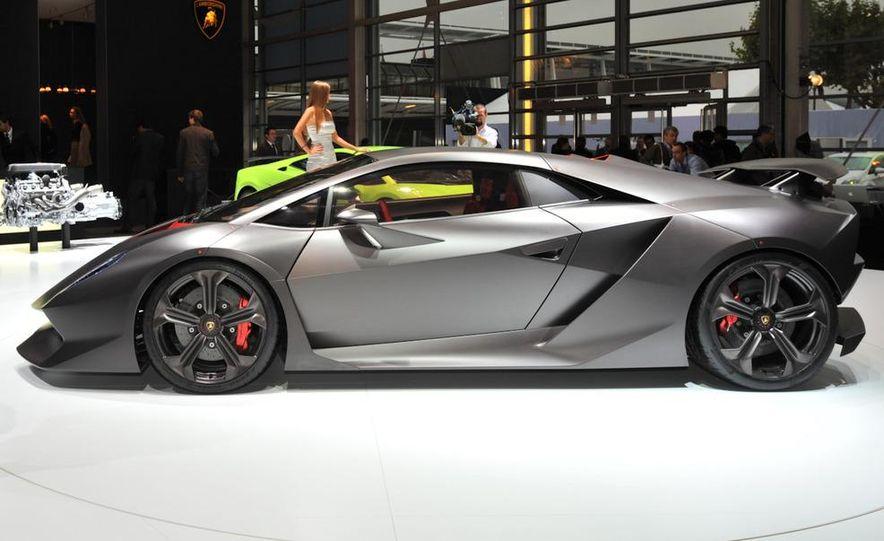 Lamborghini Sesto Elemento concept - Slide 3