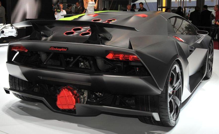 Lamborghini Sesto Elemento concept - Slide 5
