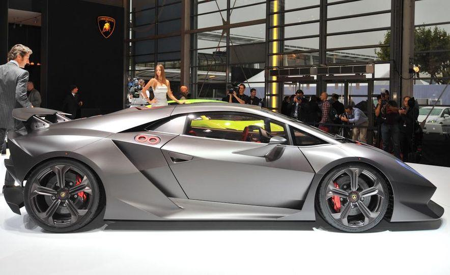 Lamborghini Sesto Elemento concept - Slide 6