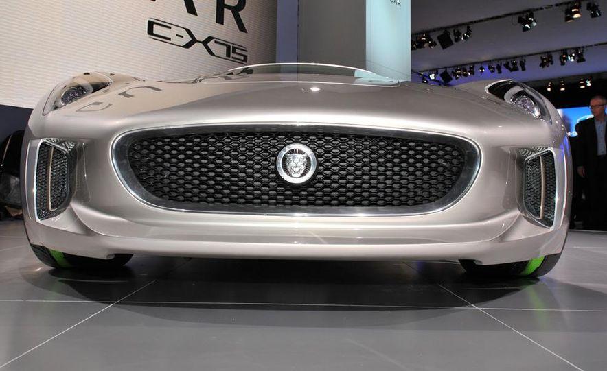 Jaguar C-X75 concept - Slide 11