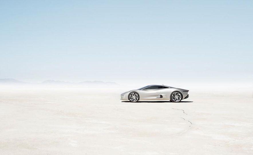 Jaguar C-X75 concept - Slide 33