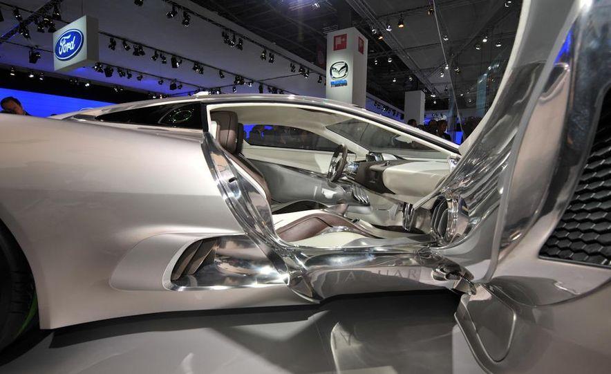 Jaguar C-X75 concept - Slide 16