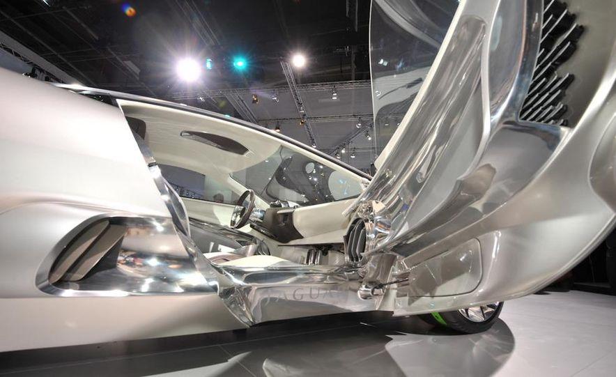 Jaguar C-X75 concept - Slide 19