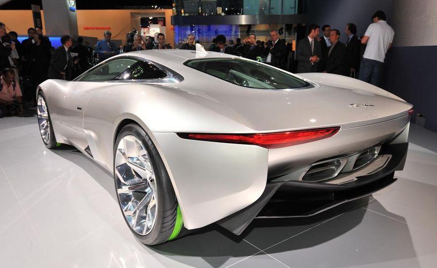 Jaguar C-X75 concept - Slide 8