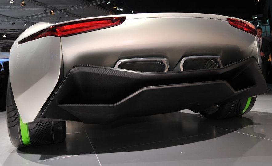 Jaguar C-X75 concept - Slide 14