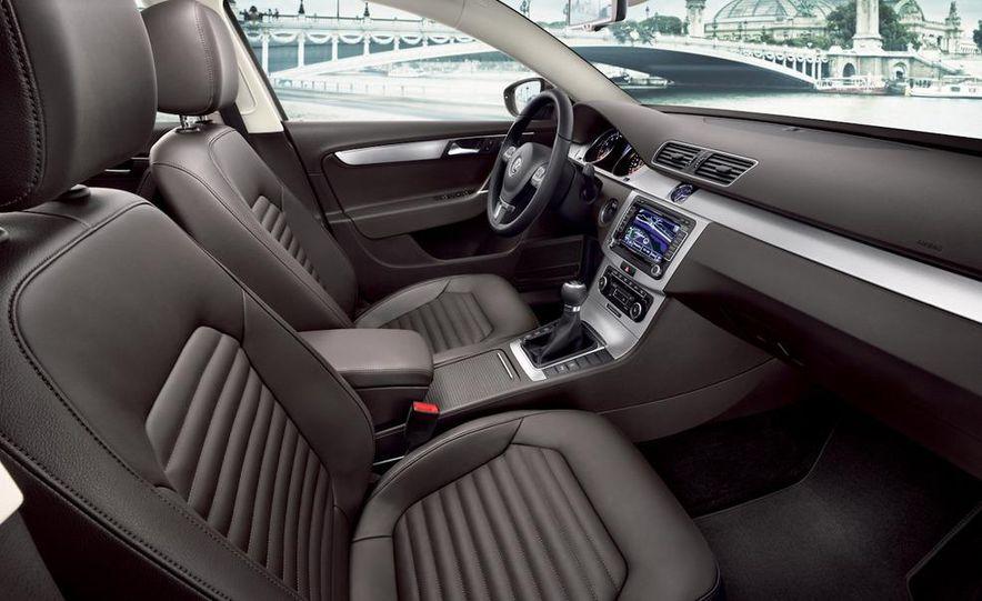 2011 Volkswagen Passat (European spec) - Slide 20