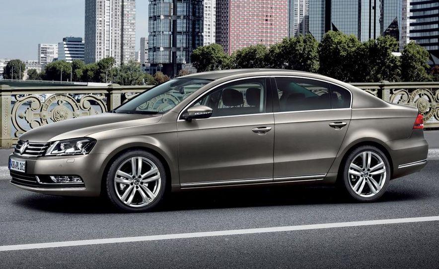 2011 Volkswagen Passat (European spec) - Slide 13
