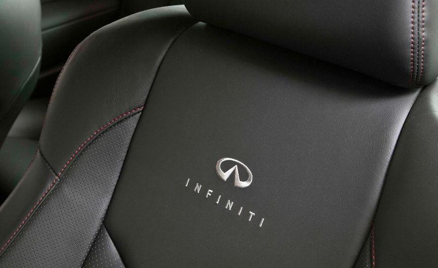2011 Infiniti IPL G Coupe - Slide 9