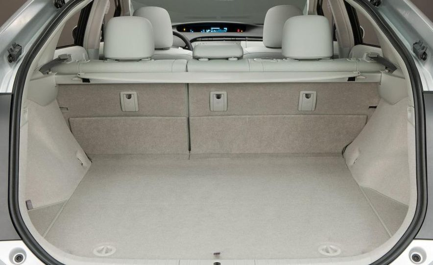 2012 Toyota Prius MPV (spy photo) - Slide 23