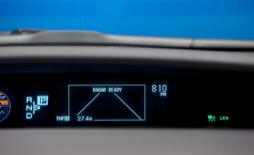 2012 Toyota Prius MPV (spy photo) - Slide 25