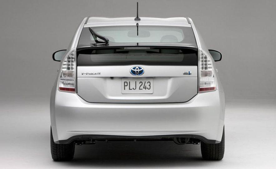 2012 Toyota Prius MPV (spy photo) - Slide 19