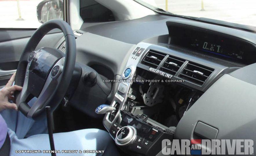 2012 Toyota Prius MPV (spy photo) - Slide 7