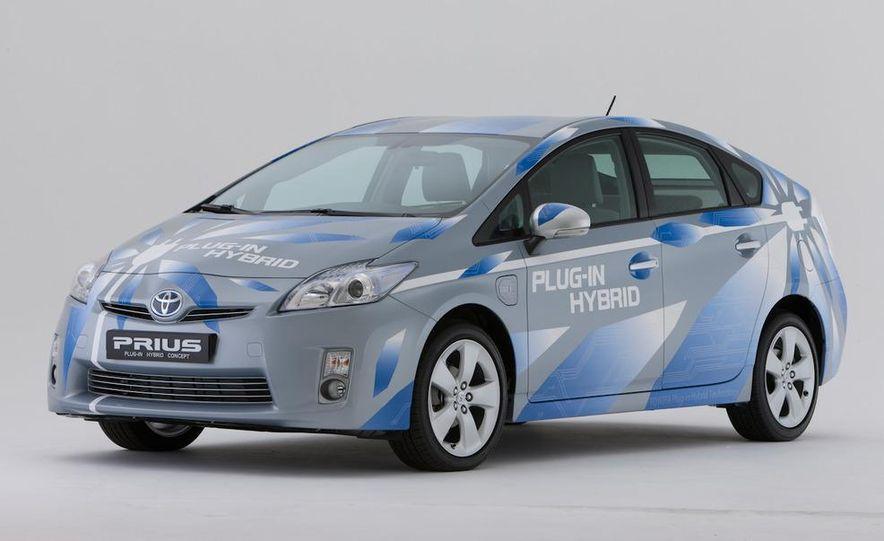 2012 Toyota Prius MPV (spy photo) - Slide 9