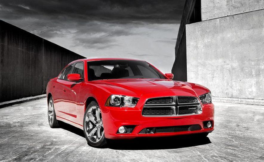 2011 Dodge Charger R/T - Slide 18