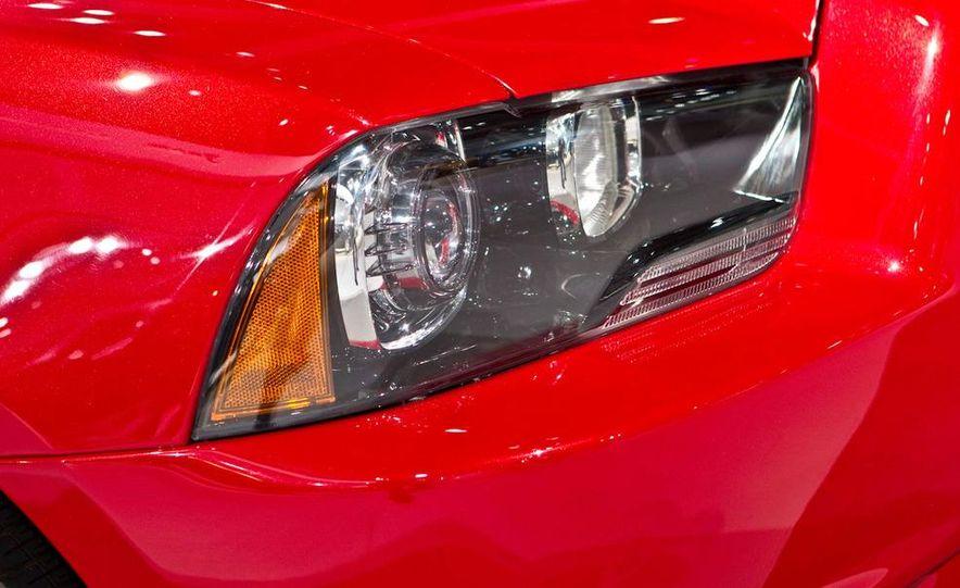 2011 Dodge Charger R/T - Slide 9