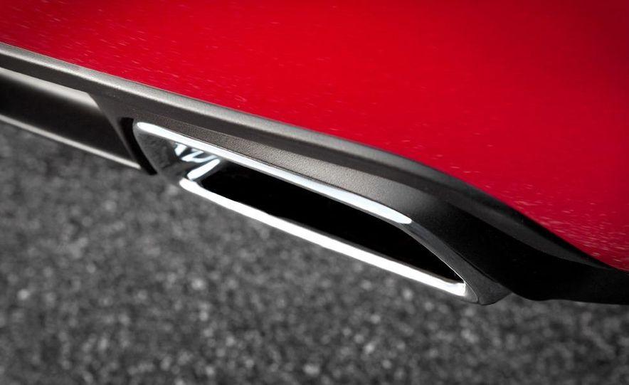 2011 Dodge Charger R/T - Slide 25