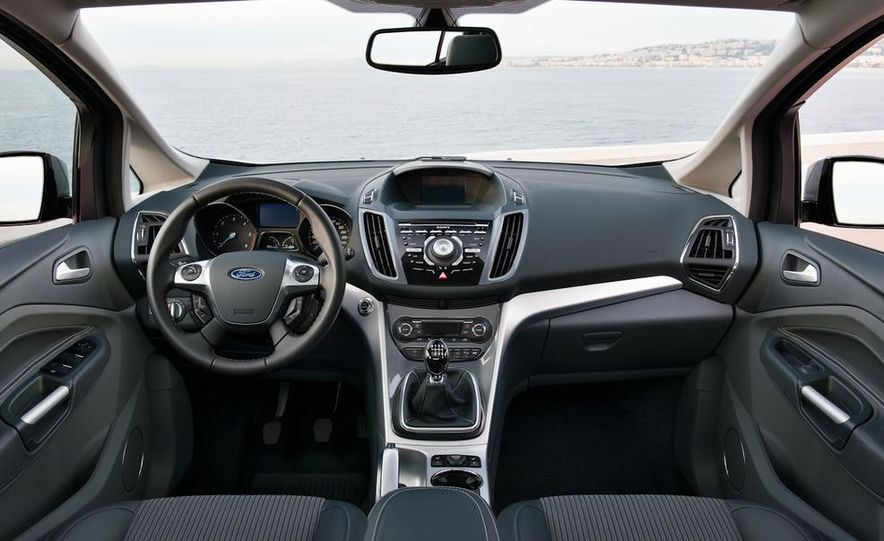 2012 Ford C-Max and Grand C-Max (European spec) - Slide 30