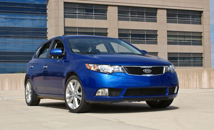 2011 Kia Forte SX 5-Door Hatchback