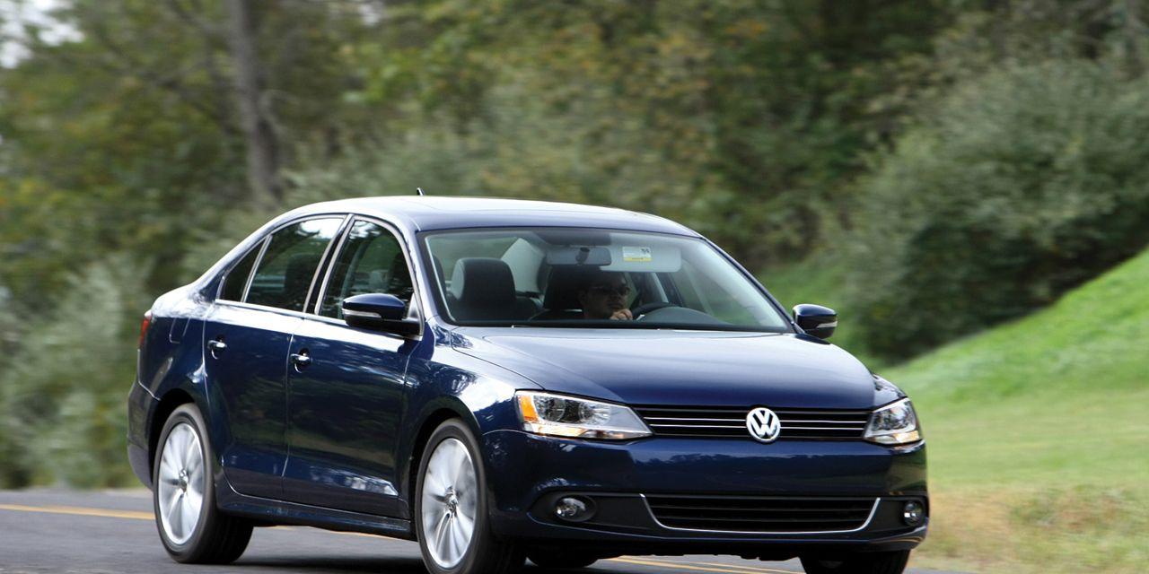 2011 volkswagen jetta s test review car and driver photo 375488 s original - 2011 Volkswagen Jetta S