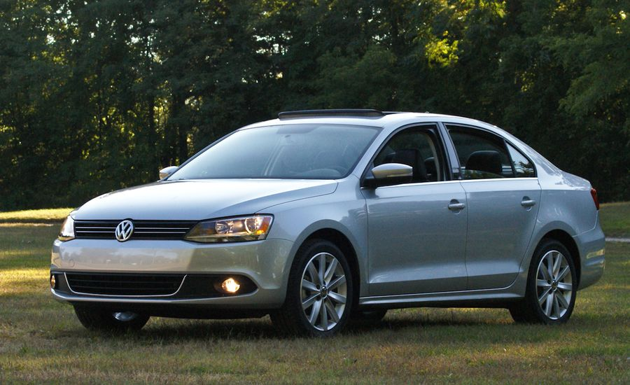 volkswagen jetta review  vw jetta drive car  driver