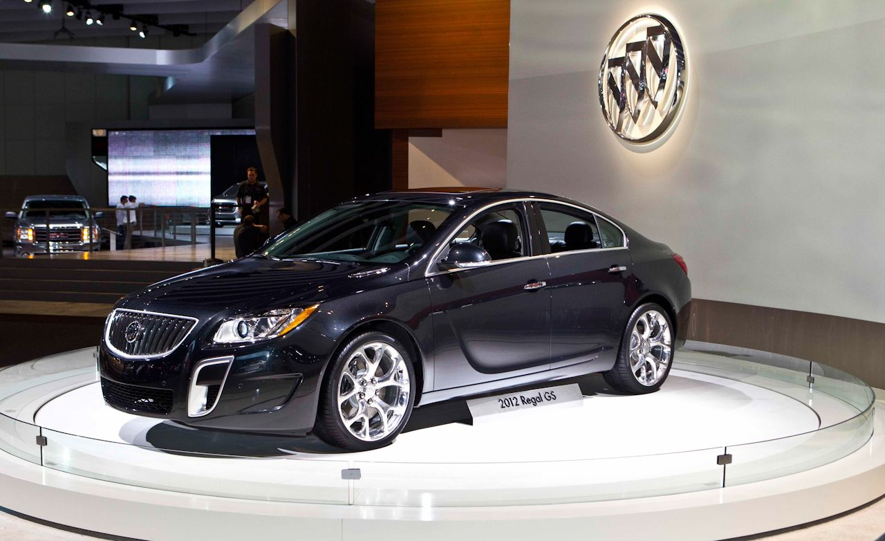 2012 Buick Regal GS Official Photos and Info