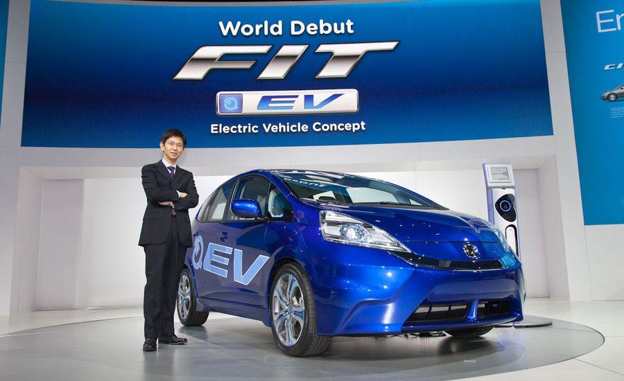 Honda Fit Electric Vehicle Concept Debuts Honda Fit EV News  Car