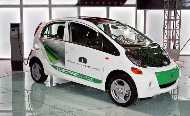 2012 Mitsubishi i-MiEV U.S.-Spec Photos and Info