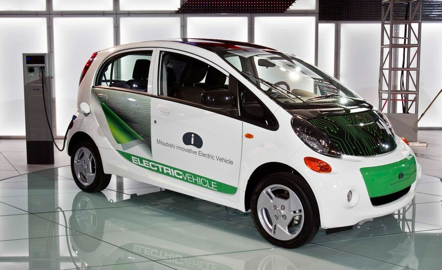 2012 Mitsubishi i-MiEV U.S.-Spec Photos and Info