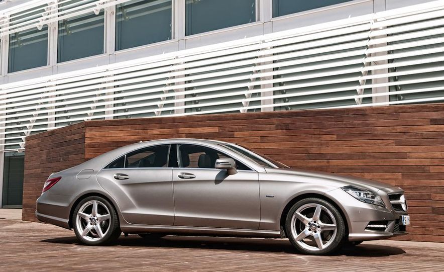 2012 Mercedes-Benz CLS-class (European spec) - Slide 28