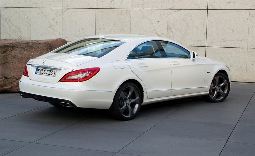 2012 Mercedes-Benz CLS-class (European spec) - Slide 34