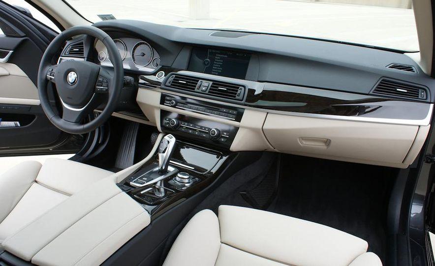 2011 BMW 528i - Slide 12