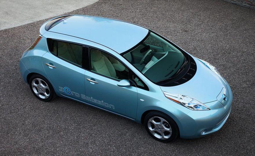 2011 Nissan Leaf SL - Slide 10